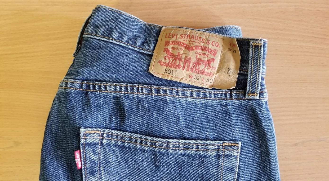 Levis Mens 501 Original Fit Jean Medium Stonewash